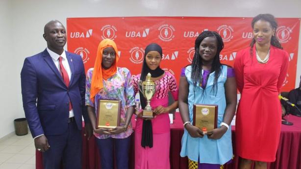 Concours national de dissertation de la Fondation UBA : Trois lycéennes sénégalaises gagnent chacune une bourse d'études