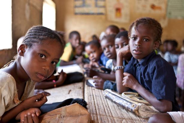Formation : L'aide consacrée à l'éducation est en baisse pour la sixième année consécutive