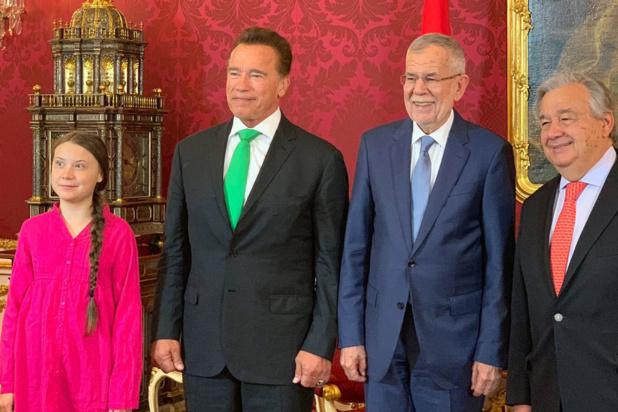 Photo ONU Vienne/Nikoleta Haffar De la gauche vers la droite, la militante pour le climat Greta Thunberg, l'ancien gouverneur de Californie Arnold Schwarzenegger, le Président autrichien Alexander Van der Bellen, et le Secrétaire général de l'ONU, António Guterres, à Vienne.