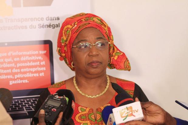 Revalidation du Sénégal pour la gestion du secteur extractif : Awa Mari Colle Seck se dit optimiste