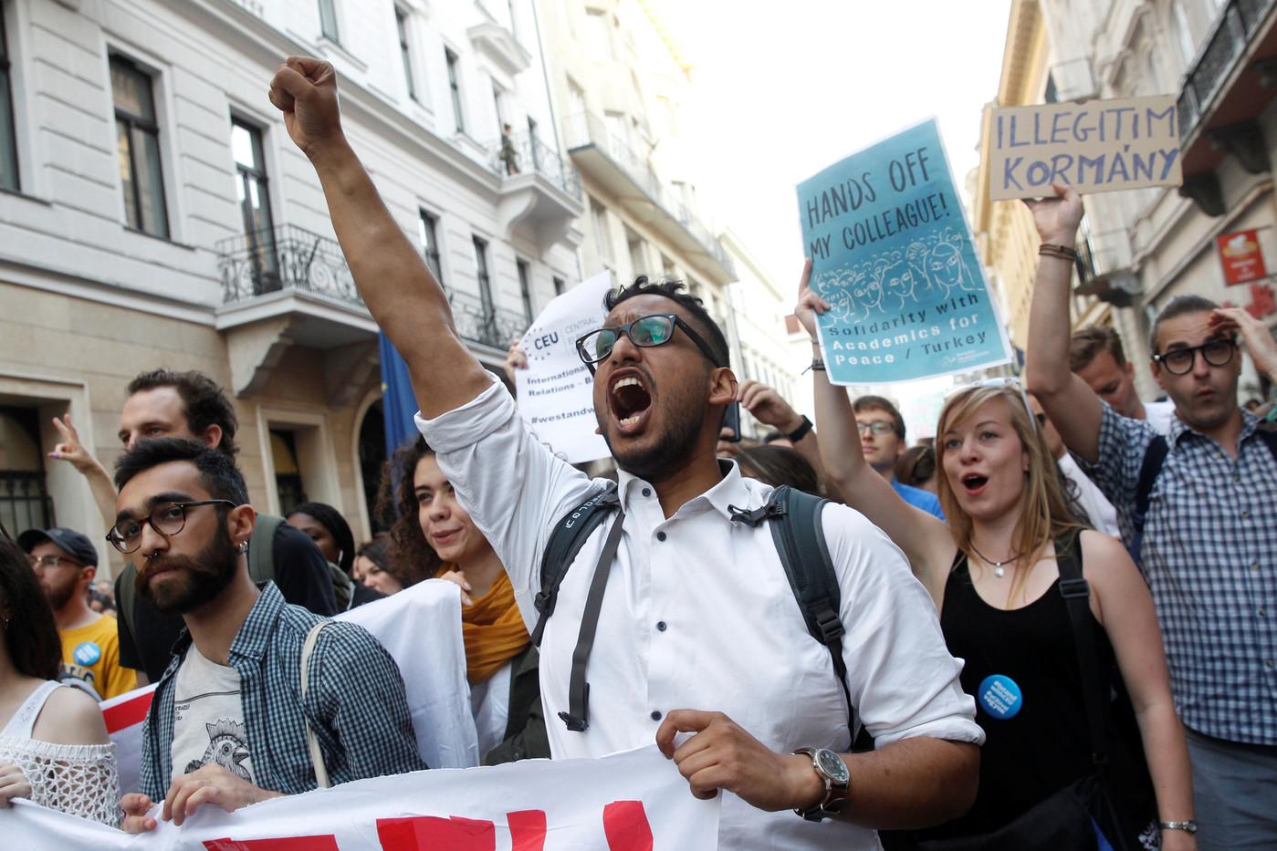 La défense de la liberté universitaire à l'ère populiste