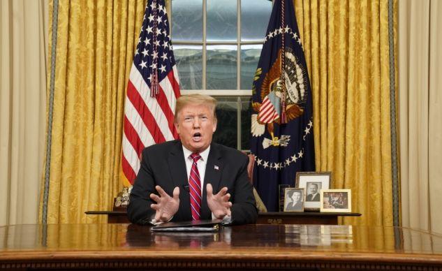 «Shutdown»: Trump et les démocrates continuent leur bras de fer sur le mur à la télévision