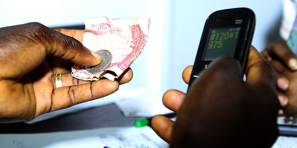 Selon les données officielles, le volume journalier moyen des transactions de mobile money en Côte d'Ivoire s'élevait à 23 millions d'euros en 2018. (Crédits : DR)