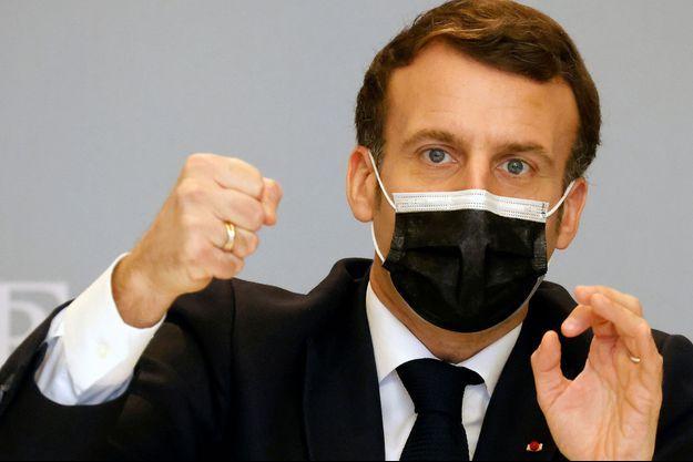 « Rien ne sert de restructurer les dettes africaines si c'est pour en contracter plus envers la Chine » (E. Macron)