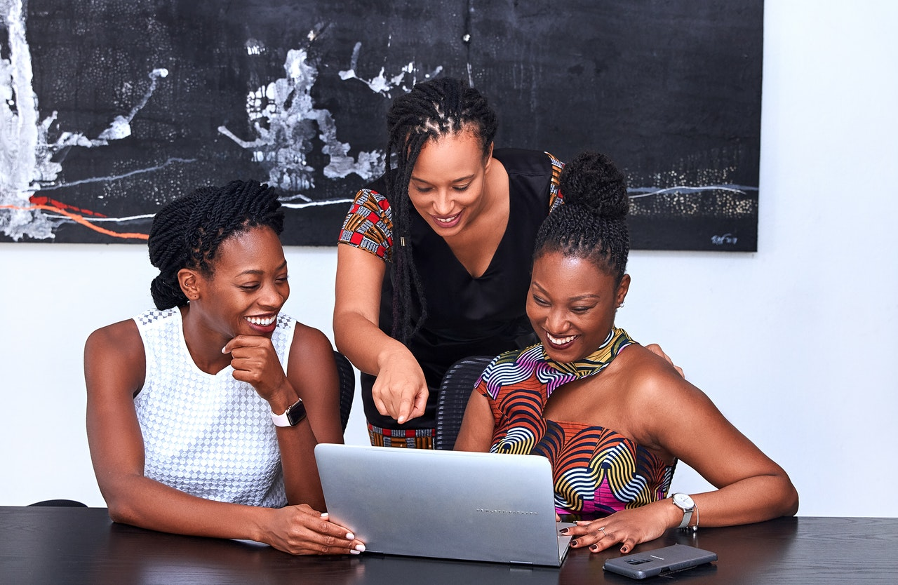 Egalité des chances : Women in Africa lance le programme  Wia Young Leaders